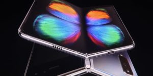 smartphone papillon galaxy fold