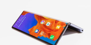 Huawei takes on Samsung with its $2,600 foldable phone